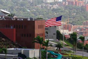 """Embajada de EEUU a Venezuela: """"En vez del teatro, hubiésemos preferido diplomacia"""""""