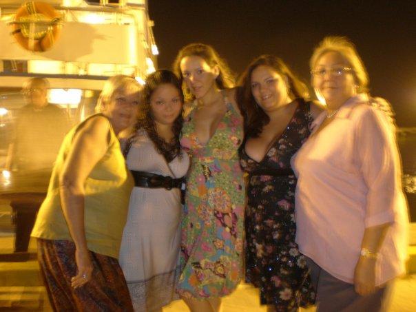 IDA OLIVARES  Clarita, Carmen Cecilia, Paola Olivares,  Marie De Bourg y Maria Daniela De Bourg