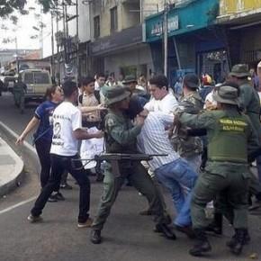 Bachaqueros controlan la comida en Venezuela. Las divisas, las medicinas, repuestos…