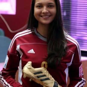 """FIFA: """"Deyna Castellanos: La mejor jugadora juvenil del mundo"""".  Jugará en Florida. Ver galería deFotos."""