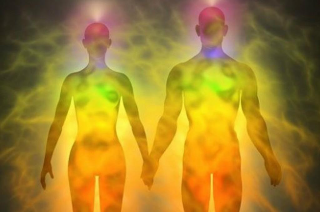 La ciencia: Una persona  se puede curar absorbiendo energía de otra.