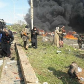 Explosión de carro bomba en Siria deja al menos 100fallecidos