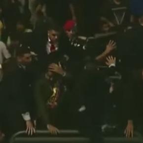 Maduro es abucheado y atacado con objetos tras desfile militar en SanFelix
