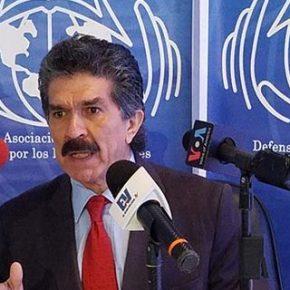 Rafael Nárvaez: El Estado es responsable de la muerte de los pacientescrónicos