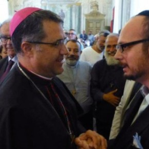 Obispón sacrílego de Palermo regala templo católico para establecersinagoga