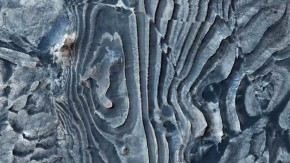 "¿Un fallo en Matrix?: La NASA revela una extraña imagen ""deformada"" de la superficiemarciana"