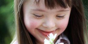 Demoledora respuesta de una joven con Síndrome de Down a la eugenésicaONU