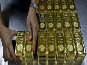 Bolsa de Valores de Moscú sugiere cambiar dólares pororo