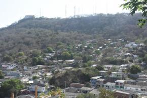 Un 'polvorín', quemas e invasiones amenazan con arrasar LaPopa
