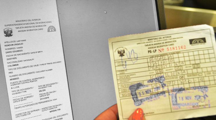 ¿Sin pasaporte? Con la cédula o la TAM Viajas por tierra y permiten solo unos dias. Es temporal