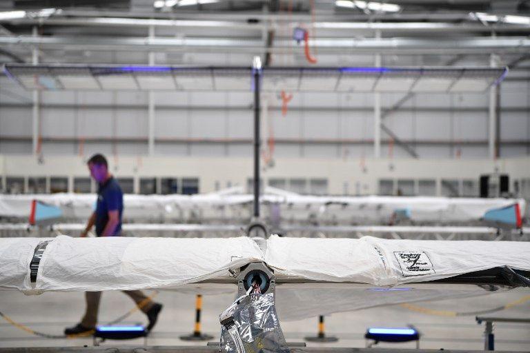 Airbus presenta Zephyr, un dron-satélite con energía solar