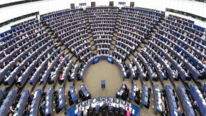 Europarlamento una resolución sobreAlbán