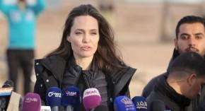Angelina Jolie comprueba éxodo de venezolanos en frontera de Perú conEcuador