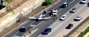 Aeronave aterrizó de emergencia en una autopista de San Diego,EEUU