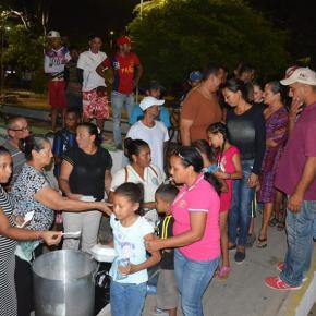 Venezolanos en Riohacha ensobrevivencia