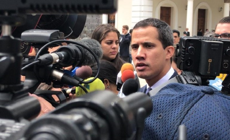 GNB impidió entrada de Guaidó al salón donde se resguarda el Acta de Independencia