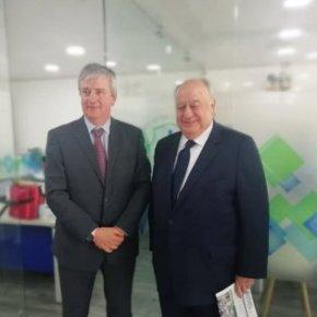Embajador de Venezuela en Colombia Humberto Calderón Berti, busca que otorguen a médicos venezolanos tarjeta profesional paratrabajar