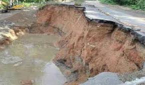 Venezuela: Puente colapsado Guiria-Irapa-Carupano, estadoSucre