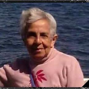 En Memoria de mi madre: Maria Teresa Araujo Olivares que ya esta conDios